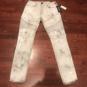 True Religion Jeans Size 34 Relaxed Skinny